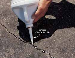 Image: Filling Asphalt Cracks