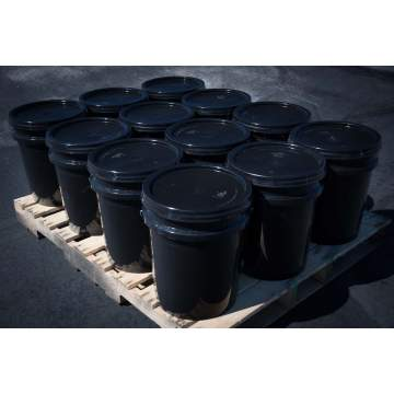image: Pallet of (12) 5 gallon buckets