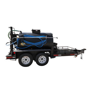 Right overview image of the Sealmate 500 gallon piston pump trailer