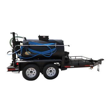 Right overview image of the Sealmate 500 gallon piston pump trailer