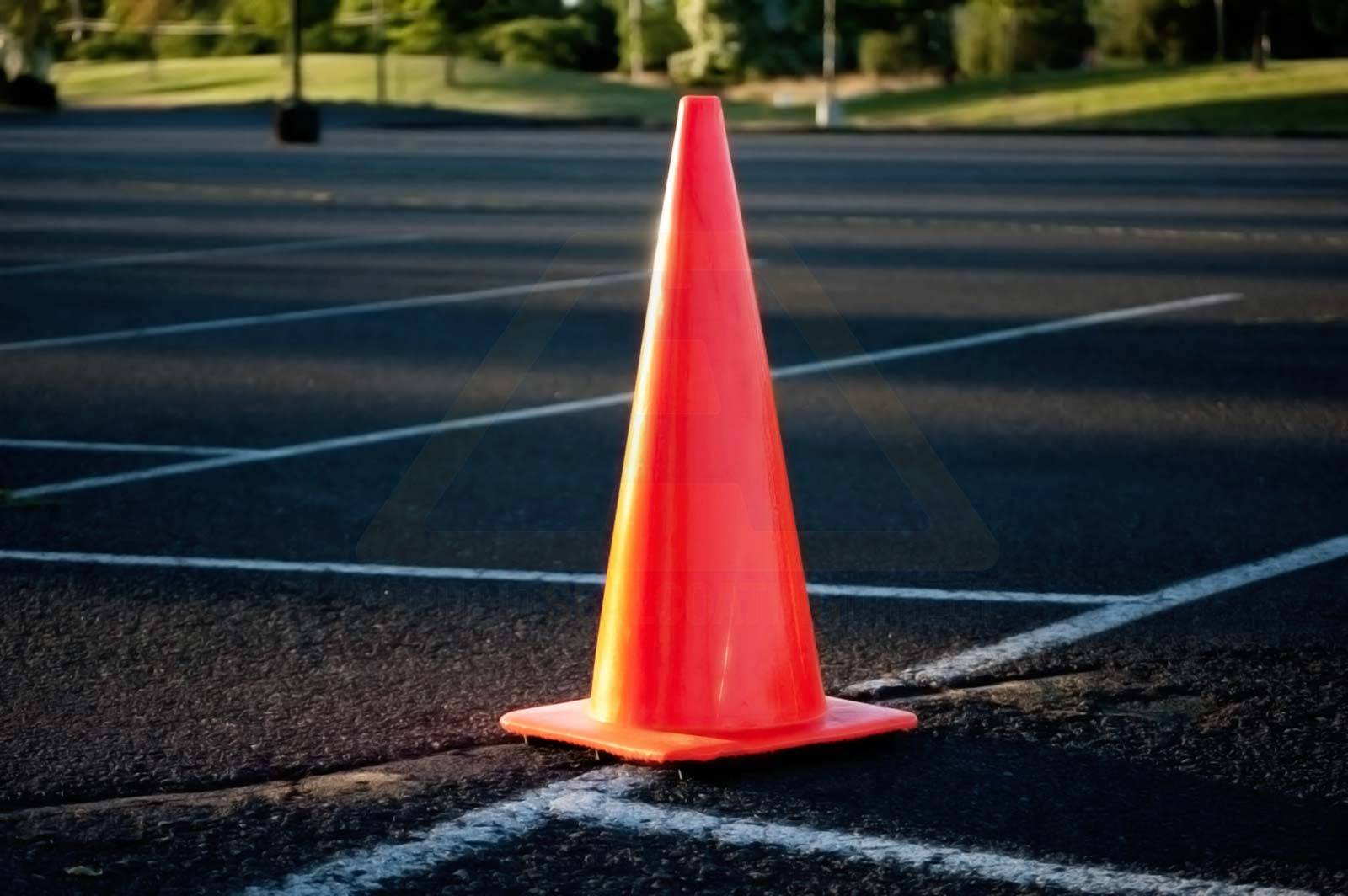 dating a traffic cone Smart cones are a safe and efficient method for self-deployment and retrieval of traffic cones for smart traffic control cones has a expiration date.