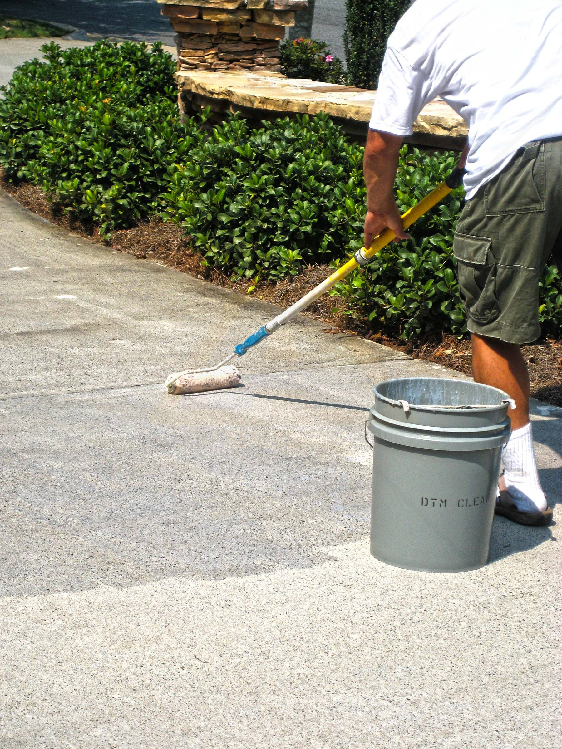 Clear Concrete Driveway and Patio Sealer